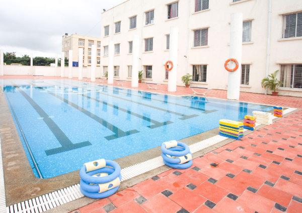 Sherwood High Swimming Pool